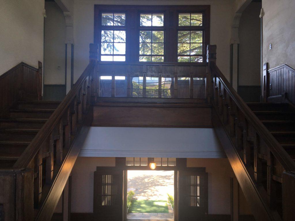 旧松本高等学校階段