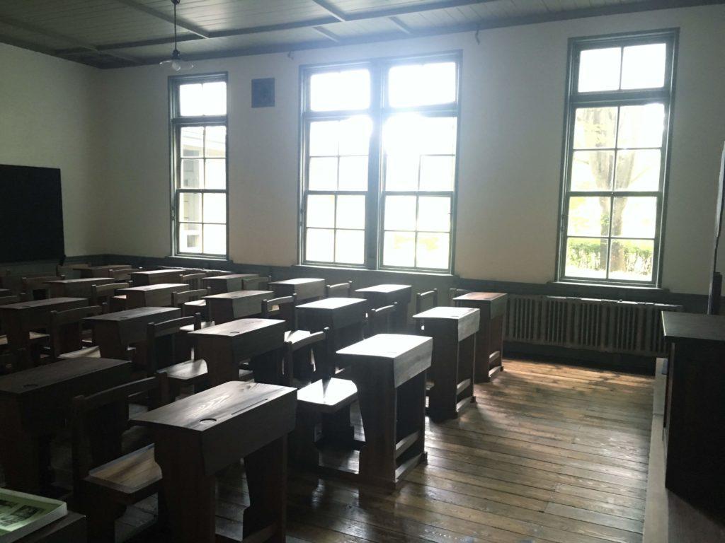 旧松本高等学校教室
