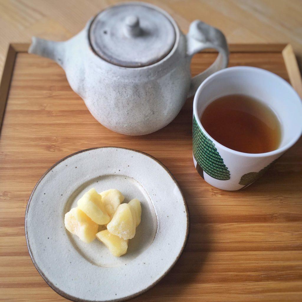 リンゴとお茶
