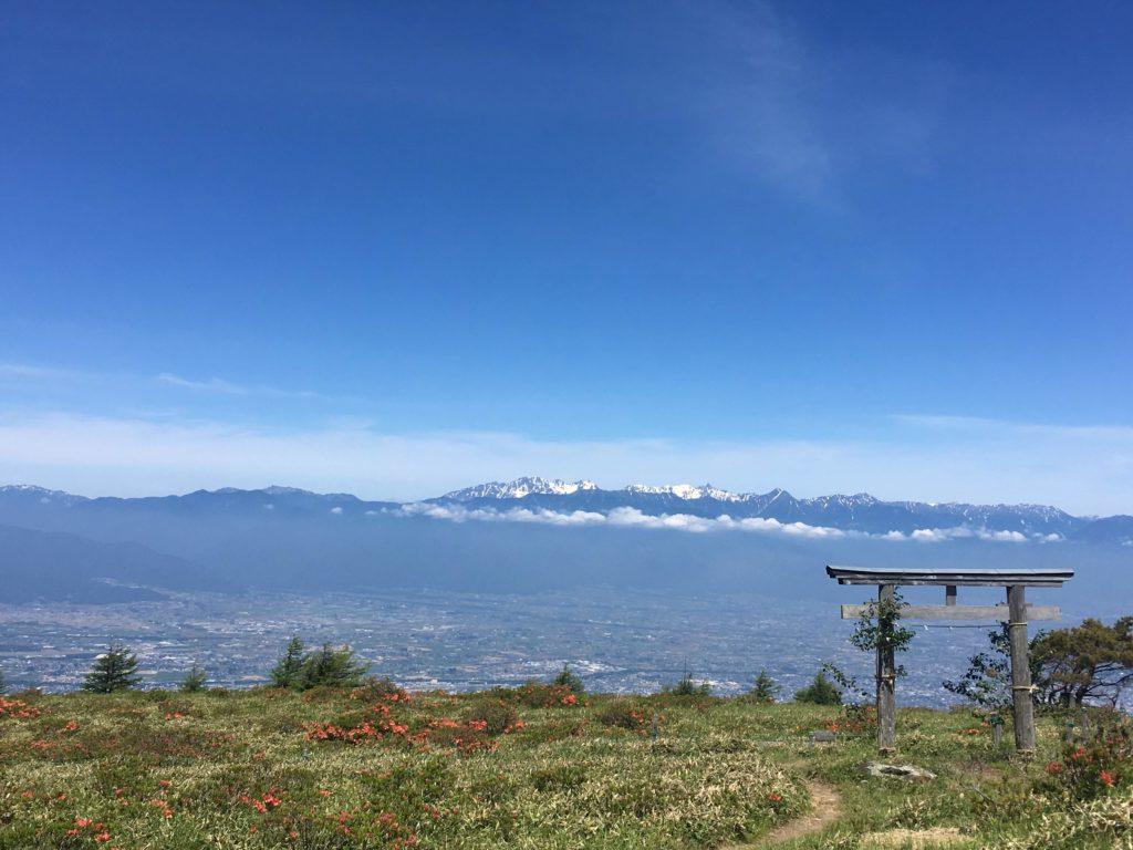 鉢伏山頂の鳥居