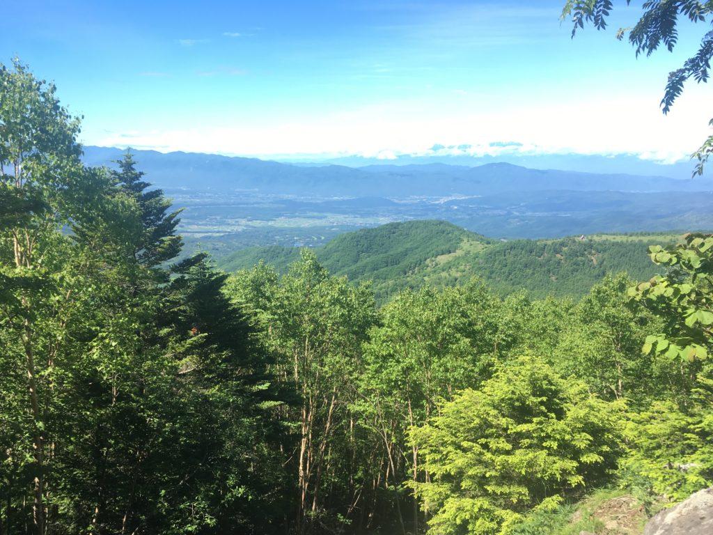 蓼科山登山道からの眺め