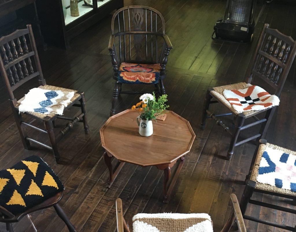 民芸家具の椅子