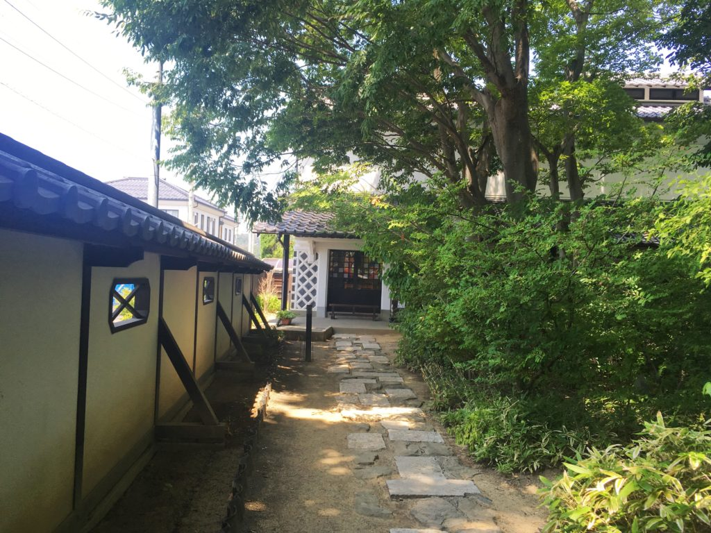 松本民芸館入り口