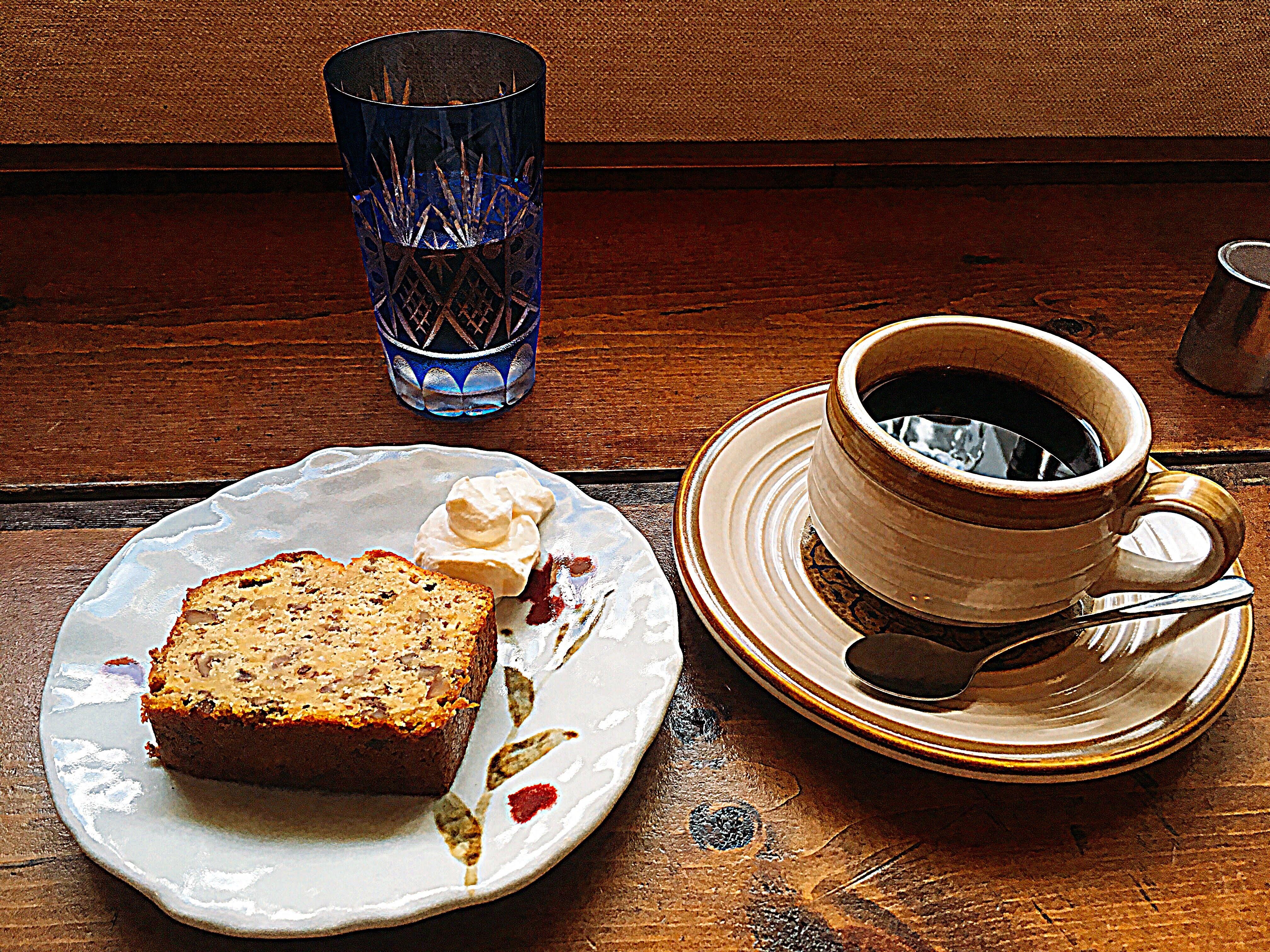 想雲堂のコーヒーとケーキ