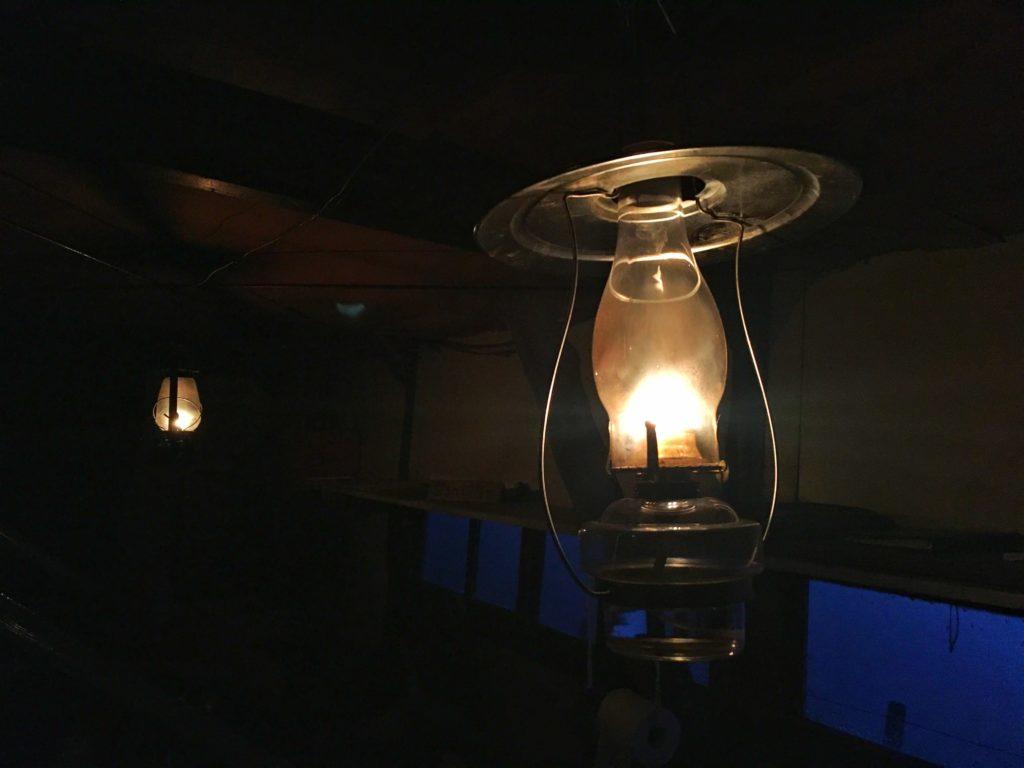 権現小屋のアルコールランプ