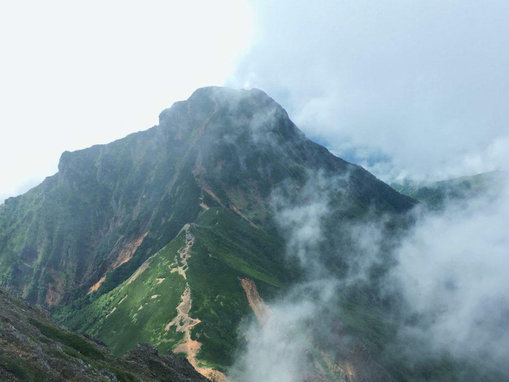 赤岳からの中岳・阿弥陀岳