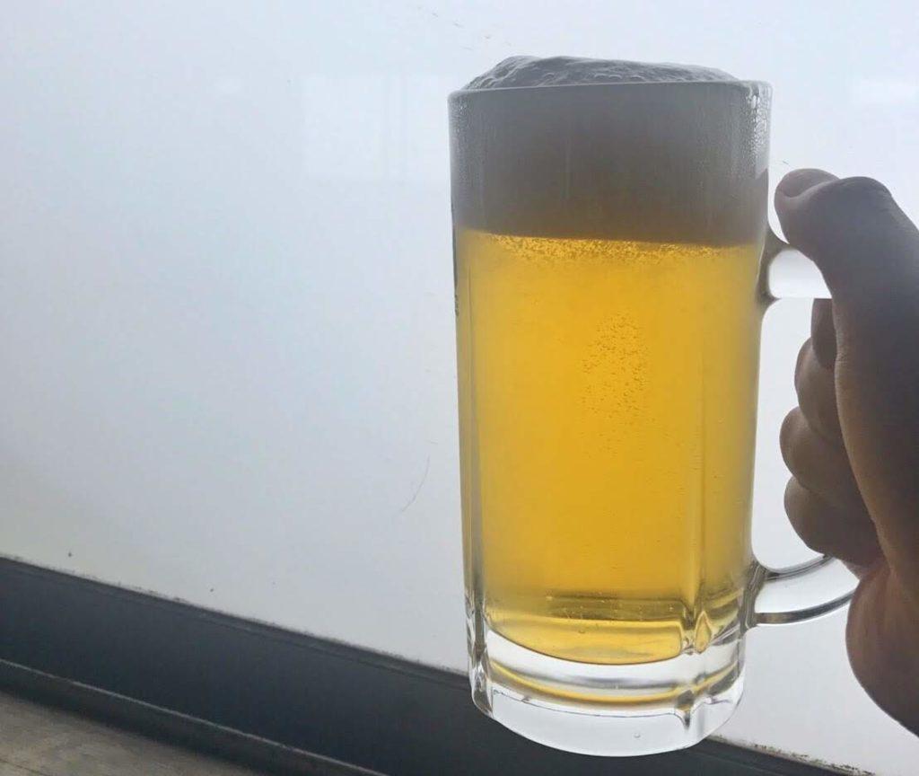 赤岳展望荘での生ビール