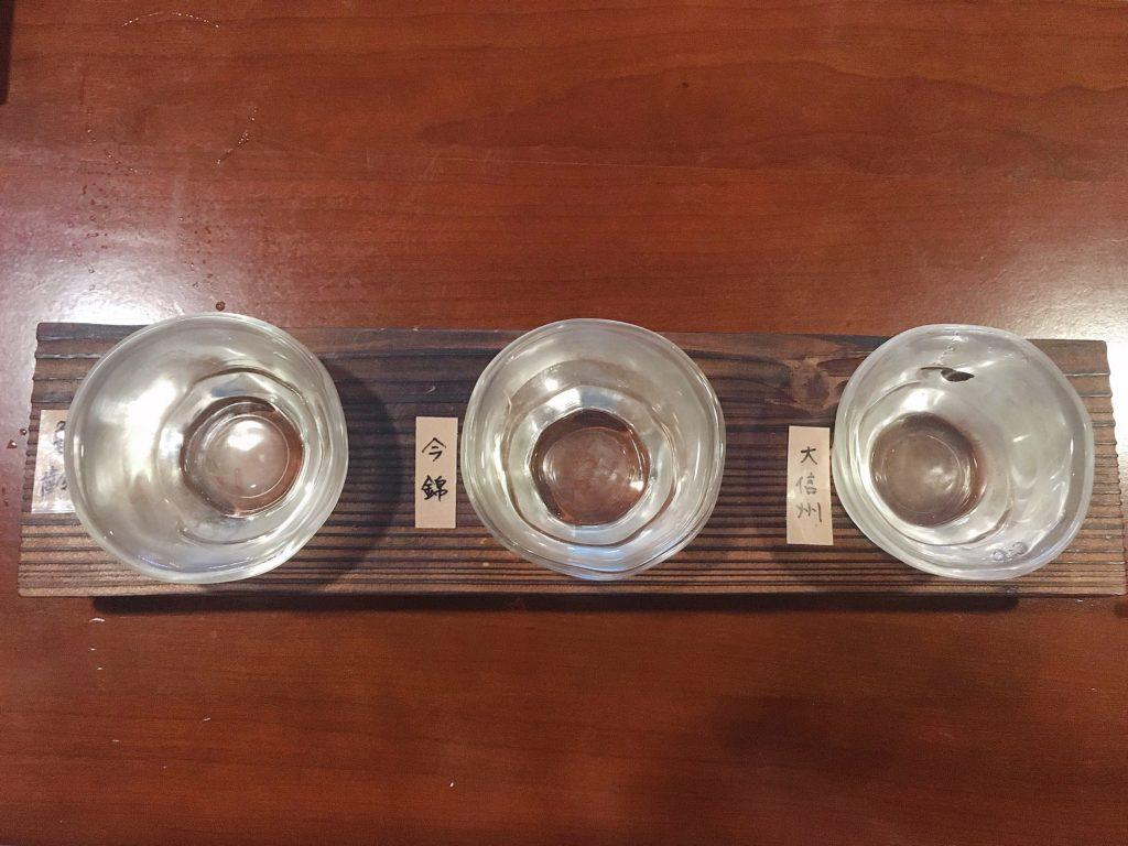 松本まえじ 地酒の飲み比べ